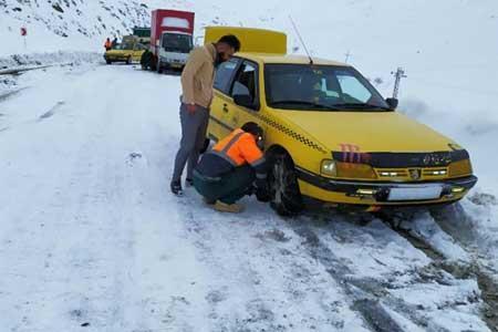 بارش برف و باران در محورهای 20 استان ، 7 جاده مسدود است