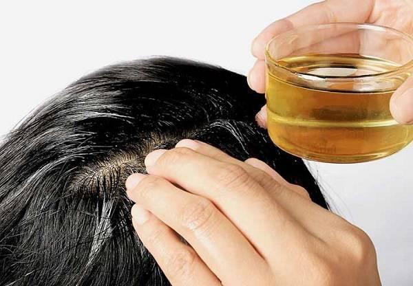 اشتباهات رایج هنگام روغن زدن به مو ها