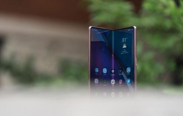 سامسونگ در سال 2020 حدود 2.8 میلیون گوشی تاشو فروخته است