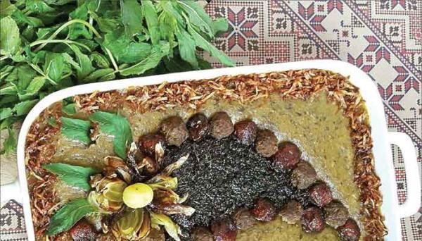 طرز تهیه آش آلو با آلو تازه یا خشک