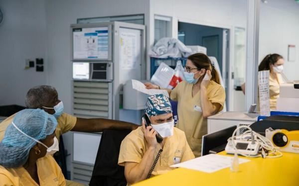 خبرنگاران فرانسه در آستانه قرنطینه؛ جهش بیماران کرونایی در بخش مراقبت های ویژه