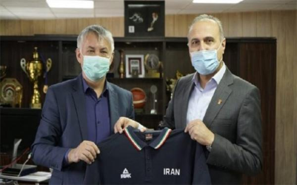 سفیرصربستان به دیدار رئیس فدراسیون بسکتبال ایران رفت