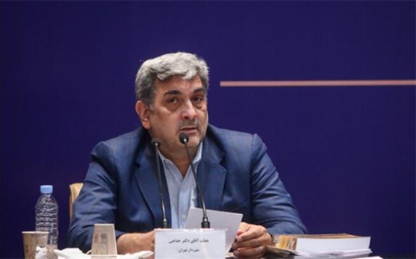 حناچی: سیاسیون در حادثه پالایشگاه ری به جای مداخله انجام کار را به اهلش سپردند